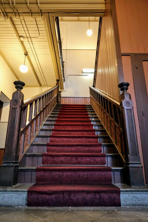石川四高記念文化交流館 階段